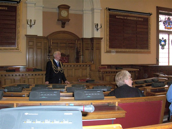 Photo:With the Mayor in the Council Chamber.