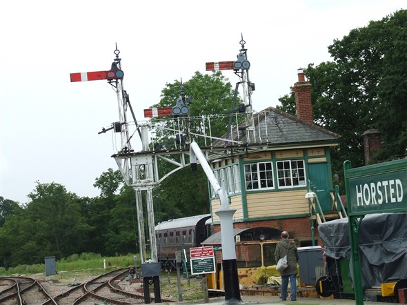 Photo:Horsted Keynes signal box