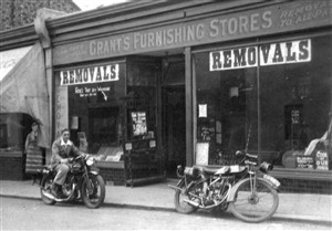Photo:Grant shop in Baker Street c 1932