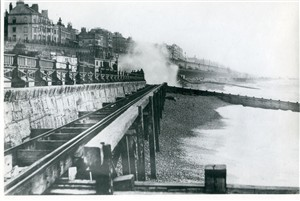 Photo:Volks Electric Railway, East Cliff, 1895