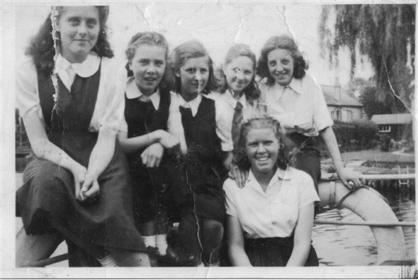 Photo:L-R Ann Brown, Mary?, Margo Swift, Deirdre Gurr, Sylvia Dove and Margaret Saunders